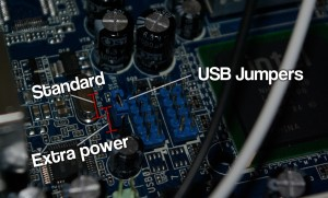 Setting the USB jumpers on the motherboard