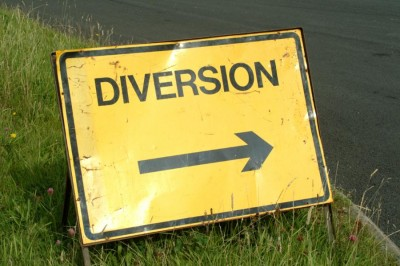 Photo of a diversion sign